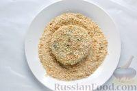 Фото приготовления рецепта: Рыбные котлеты с луком, морковью и петрушкой - шаг №15
