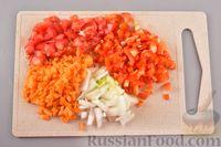 Фото приготовления рецепта: Гречневый суп с фрикадельками и овощами - шаг №5