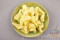 Фото приготовления рецепта: Гречневый суп с фрикадельками и овощами - шаг №4
