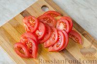 Фото приготовления рецепта: Салат из брокколи и помидоров, с перцем, маслинами и песто - шаг №6