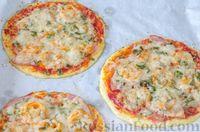 Фото приготовления рецепта: Пицца на корже из цветной капусты - шаг №17