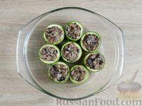Фото приготовления рецепта: Грибной жюльен в кабачках - шаг №14