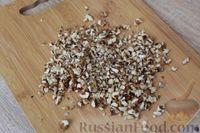 Фото приготовления рецепта: Шоколадный манник с орехами (в мультиварке) - шаг №6