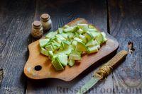Фото приготовления рецепта: Овощное рагу с курицей, картофелем, кабачками и стручковой фасолью - шаг №6