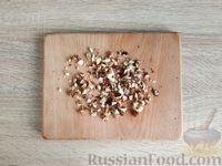 Фото приготовления рецепта: Жареная дыня с шоколадом и грецкими орехами - шаг №9