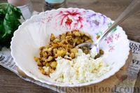 Фото приготовления рецепта: Лодочки из баклажанов с творогом и яичницей - шаг №6