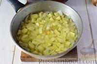 Фото приготовления рецепта: Крем-суп из свежих огурцов и картофеля - шаг №5