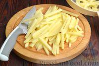 Фото приготовления рецепта: Картошка, жаренная со сладким перцем - шаг №3