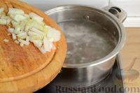 Фото приготовления рецепта: Суп с куриными желудками, цветной капустой и кускусом - шаг №4