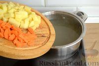 Фото приготовления рецепта: Суп с куриными желудками, цветной капустой и кускусом - шаг №6