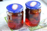 Фото приготовления рецепта: Варенье из слив, фаршированных грецкими орехами - шаг №17