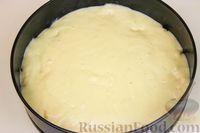 Фото приготовления рецепта: Постная шарлотка с яблоками - шаг №6