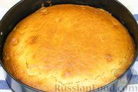 Фото приготовления рецепта: Постная шарлотка с яблоками - шаг №7