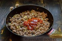 Фото приготовления рецепта: Запеканка из капусты с мясным фаршем (в духовке) - шаг №4