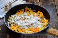 Фото приготовления рецепта: Мясные фрикадельки, запечённые в луково-морковном соусе - шаг №10