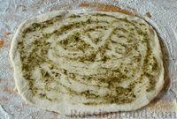 Фото приготовления рецепта: Чесночный хлеб «Улитка» - шаг №10