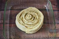 Фото приготовления рецепта: Чесночный хлеб «Улитка» - шаг №13