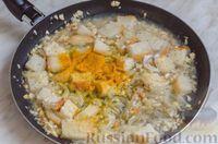 Фото приготовления рецепта: Свиные тефтели, тушенные в миндальном соусе с белым вином - шаг №18