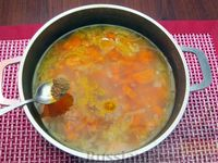 Фото приготовления рецепта: Морковный суп-пюре с яблоками и моцареллой - шаг №5