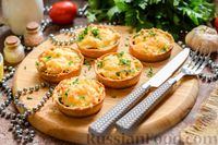 Фото к рецепту: Жульен с грибами и курицей, в тарталетках