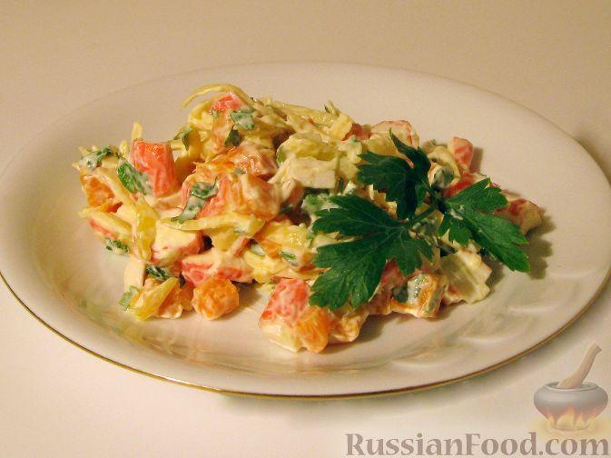 Рецепт Салат с крабовыми палочками и вареной морковью