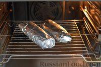 Фото приготовления рецепта: Скумбрия, запечённая с сельдереем и грибами (в фольге) - шаг №15