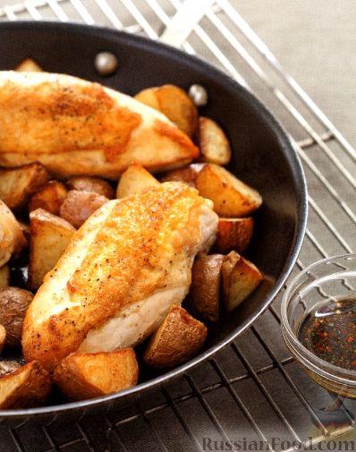 Рецепт Курица с картошкой, приготовленная в духовке