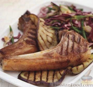 Рецепт Жареная баранина с баклажанами и салатом из красной капусты