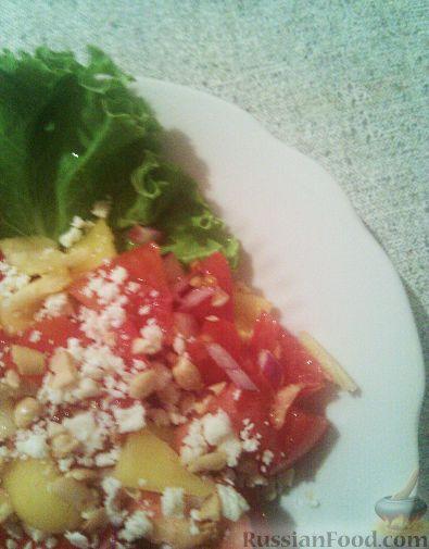 Рецепт Салат из помидоров с брынзой и орехами