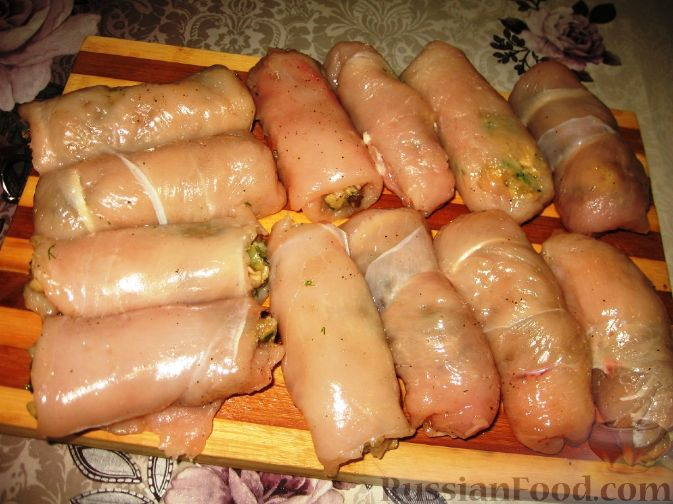 рецепт рулетов куриных с грибами и рисом