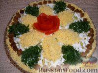 Фото к рецепту: Салат рыбный, слоеный