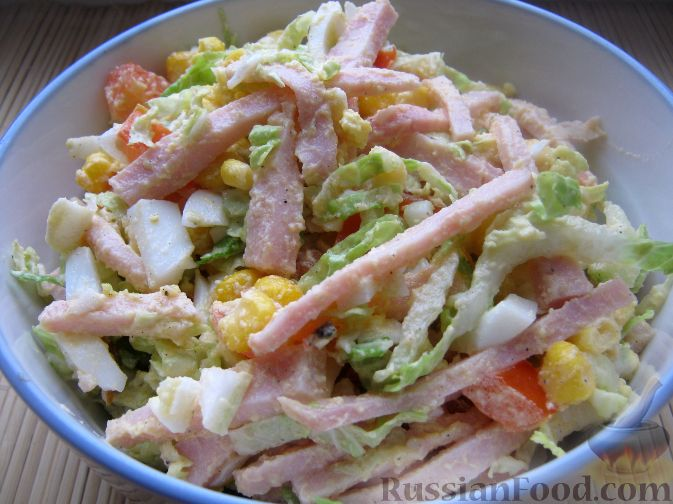 Салат из яиц и помидор
