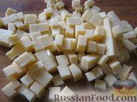 Фото приготовления рецепта: Салат крабовый с ананасами - шаг №6