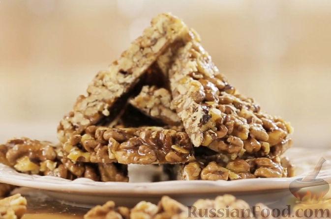 Рецепт Гозинаки (козинаки) - грецкие орехи с медом