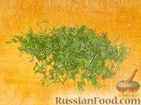 Фото приготовления рецепта: Салат из свежей капусты с огурцами - шаг №6