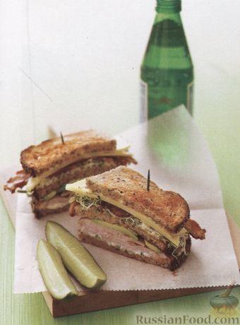 Рецепт Сендвич с беконом, свининой, авокадо и люцерной