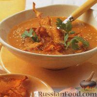 Фото к рецепту: Тыквенный суп-пюре с чипсами