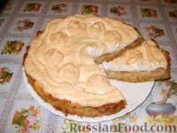 Фото к рецепту: Яблочный пирог с зефиром