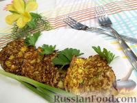 Фото к рецепту: Оладьи из кабачков с овсяными хлопьями