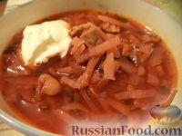 Фото к рецепту: Красный борщ с сахарной свеклой