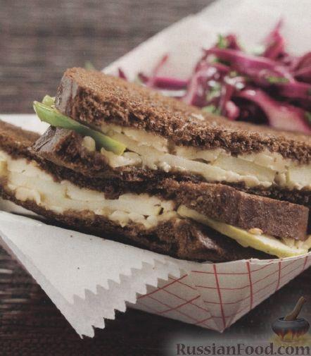 Рецепт Жареные сырные бутерброды с салатом из краснокочанной капусты