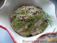Фото к рецепту: Паштет из куриной печени