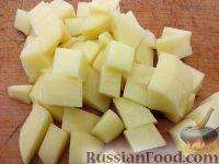 Фото приготовления рецепта: Суп картофельный с клецками - шаг №2