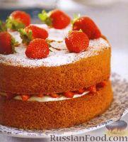Фото к рецепту: Торт с клубникой и сливочным кремом
